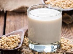 豆浆性寒喝多伤肠胃?这些体质要注意