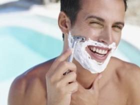 刮胡子 不是越干净越好