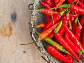 吃红辣椒可降低死亡风险 有痔疮人群尽量少吃辣