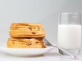 这10种食物在空腹时坚决不能吃!危害极大