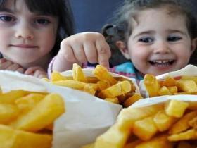 肥胖易伤肾〜儿童减肥7步远离慢性肾病