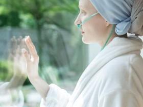 晚期肺癌不放弃!免疫疗法并化疗,降低恶化风险