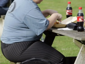 体重标准很重要!英研究:过胖或过瘦都会增加死亡风险