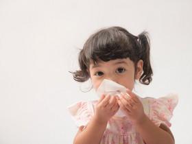 宝宝鼻子咻咻是感冒?缺乏预防可能鼻过敏反覆发作