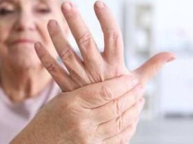 类风湿性关节炎患者如何饮食?这些食物可缓解症状