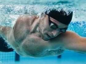 游泳燃烧卡路里 水中抽筋怎么办