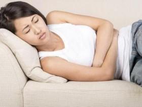 来月经前胸疼、乳晕有肿块是什么原因,例假前胸痛和早孕胸痛的区别
