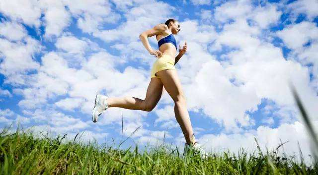 运动出汗越多,减肥效果越好
