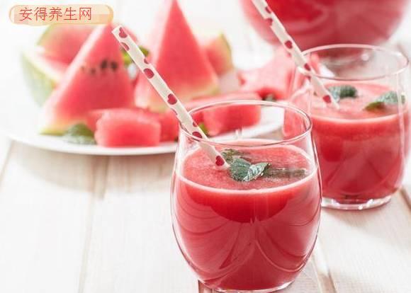 秋老虎发威!预防秋天中暑,喝防燥五汁饮更给力