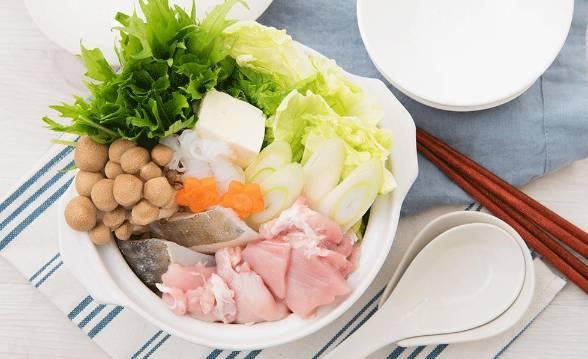 吃火锅防尿酸、血压高!实用诀窍:先吃菜再吃肉