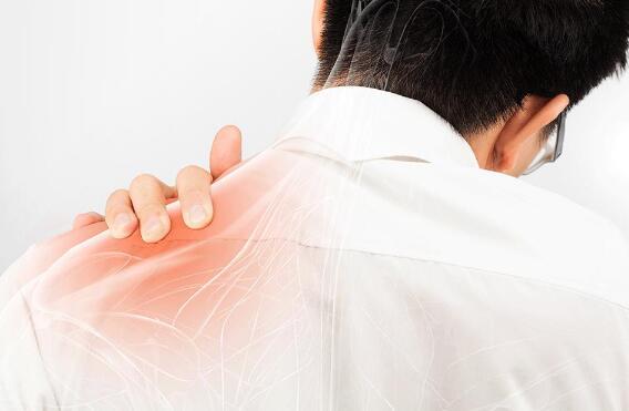 肥胖、抽筋、腰酸背痛…揪出缺维他命D的8大征兆