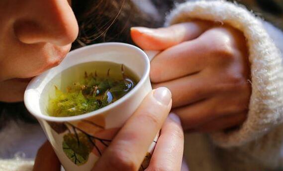 养肝喝冷泡茶还是花茶?虚寒6体质,勿碰这种茶
