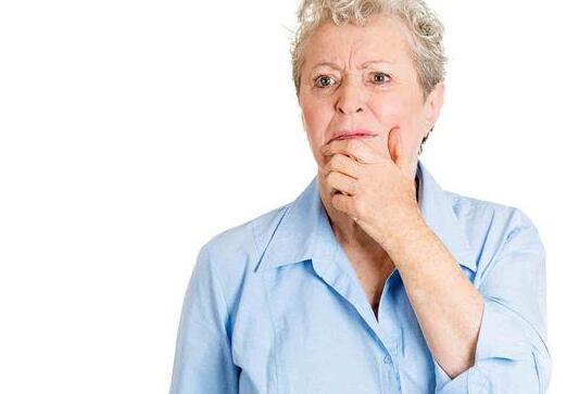 不想老年性黄斑部病变上身?日常吃喝要讲究