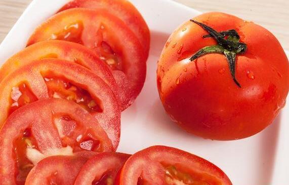番茄生吃、煮熟,那一种营养高?这样吃,番茄红素不流失