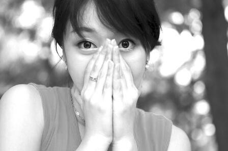 不想鼻过敏反覆发作?学会治疗原则,补对4营养素助调理