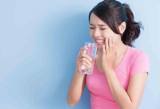 水喝得少,当心泌尿道感染~8招自保快学起来