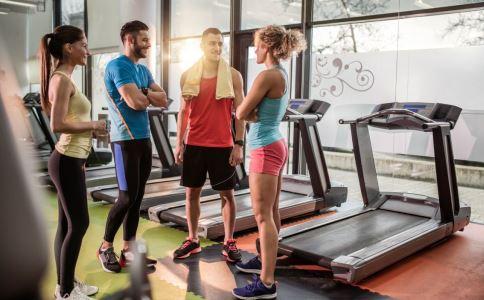 原地跑步减肥 原地跑步减肥注意事项 原地跑步减肥多久有效果