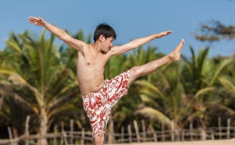 瑜珈减肥4周计划 瑜伽减肥动作有哪些 做哪些瑜伽动作减肥