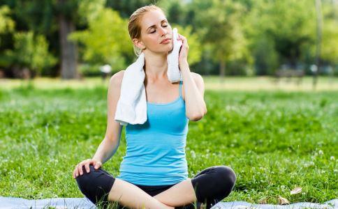 经期丰胸的方法有哪些 如何在经期丰胸 经期怎么丰胸效果好